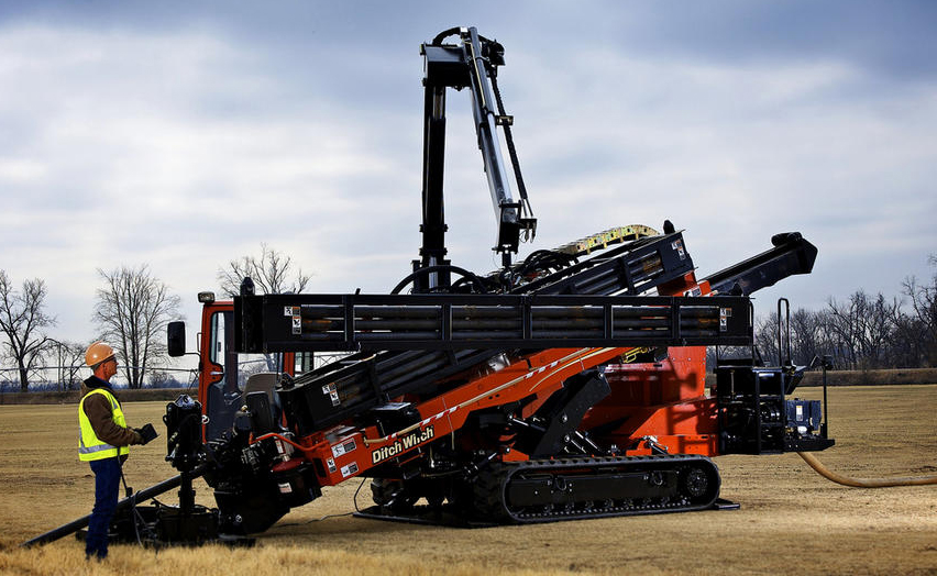 JT100 | Directional Drills, Trenchless | Ditch Witch Midwest on ditch witch drill, ditch witch jt921, ditch witch at20, ditch witch at2020, ditch witch ht25 parts, ditch witch at rock drilling, ditch witch jt30, ditch witch of arkansas benton ar, ditch witch jt3020, ditch witch jt5, ditch witch jt60, ditch witch trencher head, ditch witch jt 20, ditch witch drilling rigs, ditch witch directional boring machine,