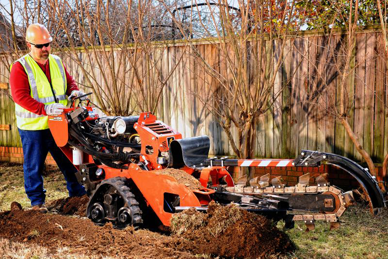 RT24 | Trenchers & Vibratory Plows, Walk-Behind | Ditch Witch Midwest